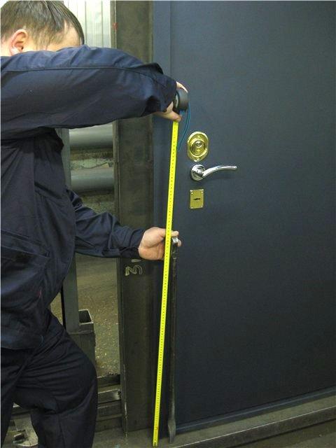 Первый инструмент взломщика-монтировка длиной 610мм