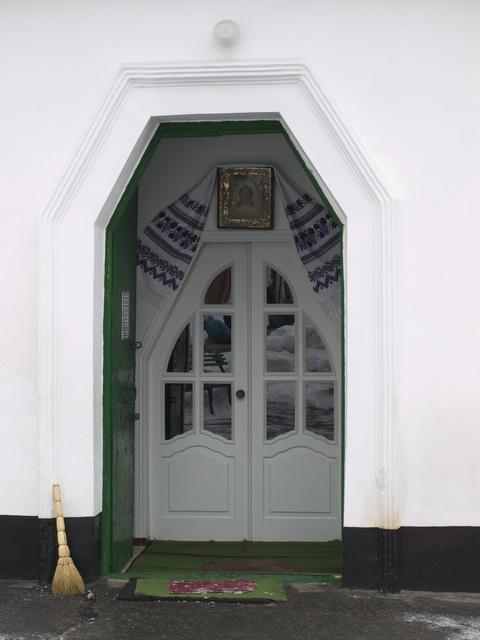 вход в Спасскую церковь